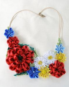Kanzashi red flower Collar necklace Colorful textile jewelry Summer wedding Poppy accessory Wildflower bib necklace Ethnic Birthday gift