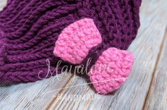Neck Warmer - Maroon neckwarmer with a pink bow  made on crochet