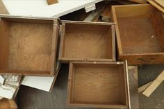 On dirait un tas d'ordures tous ces tiroirs! Attendez de voir toutes ces idées! Vous serez terrassé!