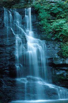 Bushkill Falls http://www.poconosbest.com/images/attractions/bushkillfalls3.jpg