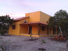 Casa na ilha de Boibepa com fácil acesso para a linda praia da cueira, localizada em uma área privilegiada.  Veja mais aqui - http://www.imoveisbrasilbahia.com.br/boipeba-casa-na-ilha-numa-otima-localizacao-a-venda