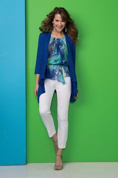 An office outfit to love & adore: Mix cobalt blues & turquoise hues for style galore
