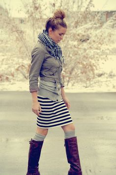 there's those boots + leg warmers again.