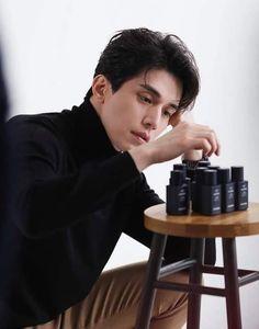 Lee Dong Wook Drama, Lee Da Hae, Korean Star, Korean Men, Asian Actors, Korean Actors, Lee Dong Wook Wallpaper, Lee Dong Wok, Goblin Korean Drama