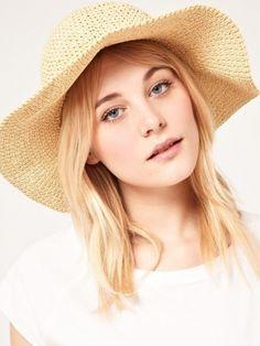 Stylish Summer Hats For Women 2012 Latest Fashion Clothes, Latest Fashion For Women, Fashion Hats, Free Clothes, Clothes For Women, Cool Skin Tone, Summer Hats For Women, Stylish Hats, Love Hat