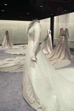 Wedding downs of the Spanish royal ladies