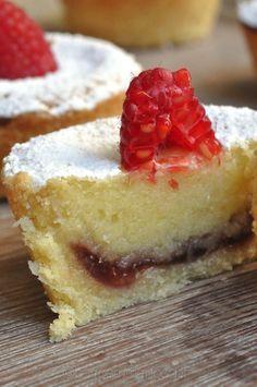 Bakewell raspberry tart, le tortine che si sciogliono in bocca