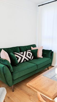 French Connection collaboration with DFS. The zinc sofa in velvet emerald green . : French Connection collaboration with DFS. The zinc sofa in velvet emerald green is a timeless mid century sofa, the perfect addition to a minimalist home Living Room Inspo, Minimalist Home, Sofa Design, Living Room Green, Living Room Designs, Living Room Sofa, Green Sofa Living Room, Home Decor, House Interior
