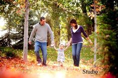 cute family picture ideas with Brent holding Madelynn