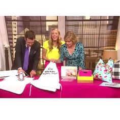 I had a great time on Good Day Columbus this morning! I was so excited to show some fun DIY Mother's Day gift ideas using the @silhouetteamerica machine and supplies from @michaelsstores! To see the whole segment hop over to my Facebook page! {http://ift.tt/1TjIIpZ}