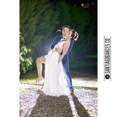 Diegoalzate.com + Santiagogarces.co @Santiagogarces.co  #fotografía #social #groom #weddings #lovestory #justmarried #love #weddingideas LUMINOTECNIA @angela__posada #amor #love #fotosmatrimonio #matrimonio #santiagogarces.co #colombia #Fotografo #strobist #portrait #Sanfelipepicnic