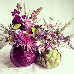 DIY flower arrangement with artichokes and cabbage instead of vases. Beautiful and creative!!