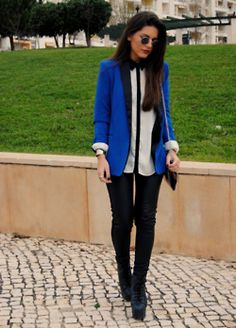 Blazers in vibrant colors can give a tempered touch of boldness to the ensemble