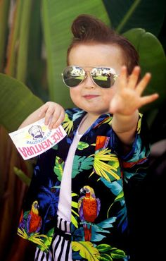 Ace Ventura Kids Halloween Costume! Hilarious! He is just the cutest!!! I ALWAYS call Owen ace Ventura becaus of his hair haha