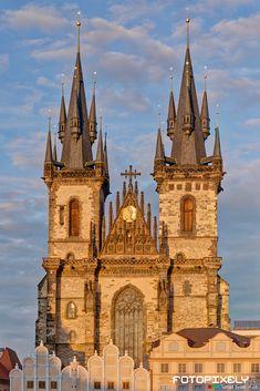 Kouzla Prahy / Magic Prague by Tomáš Sysel on 500px