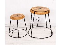 Круглый кофейный стол в форме пробки от шампанского (Champagne France Object Desire) купить в интернет-магазине The Furnish