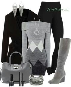 Sexy & comfy grey sweater outfit
