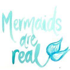 unicorns and mermaids Fin Fun Mermaid, Mermaid Fairy, Mermaid Kisses, Mermaid Room, Mermaid Tale, The Little Mermaid, Mermaid Bathroom, Black Mermaid, Bathroom Art