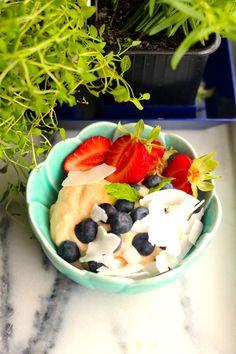 """Iogurte"" de Leite de Coco e Papaia - http://gostinhos.com/iogurte-de-leite-de-coco-e-papaia/"