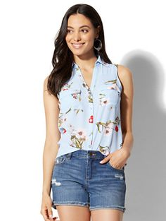 Shop Soho Soft Shirt - Envelope Back - Floral. Find your perfect size online at the best price at New York & Company.