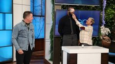 Lakers Video: LeBron James, Channing Tatum Complete Dares On 'The Ellen Show' To Raise Money For I Promise School The Ellen Show, Channing Tatum, Akron Ohio, Latest Games, What Goes On, I Promise, Movie Trailers, Lebron James, How To Raise Money