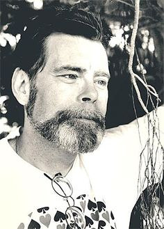 Stephen King. His work inspired me to read.