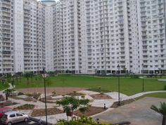 3 BHK For Rent in DLF Garden City Semmancheri OMR Chennai  Please contact 360 Property Management & Realty 13/4, 1st Street, Indira Colony Ashok Nagar, Chennai – 600 083 Phone: +91-44-4212 0133 Mail: welcome@360propertymanagement.in  3 BHK with Study Room Apartment For Rent 1600 sqft DLF Garden City near  PSBB  Home Features Power Back-up Security / Fire Alarm Intercom Facility Lift(s) Reserved Parking Visitor Parking Swimming Pool Club house / Community Center Fitness Centre / GYM