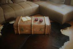 Vintage Koffer - Überseekoffer von 1910   (90cmx53cm ) - ein Designerstück von Pfaennle bei DaWanda Shabby, Designer, Suitcase, Decorative Boxes, Etsy, Home Decor, Vintage Suitcases, Craft Gifts, Living Room