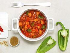 Ungarsk gulasj | Oppskrift - MatPrat Chana Masala, Stew, Salsa, Snacks, Eat, Ethnic Recipes, Food, Inspirational, Chili Con Carne