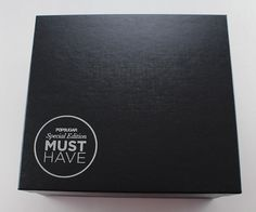 Check out my review of the POPSUGAR Must Have Special Edition Resort Box!