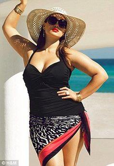 Big is Beautiful: Plus size model Tara Lynn stars in new H&M campaign Love Tara's style.love seeing real plus size women like me modeling fashions Curvy Girl Fashion, Plus Size Fashion, Tara Lynn Model, Modelos Plus Size, Plus Size Model, Plus Size Swimwear, Big And Beautiful, Ideias Fashion, Bikini