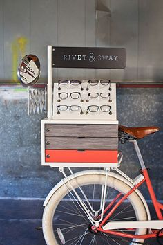 dk - The first and only pop-up store/flash retail specialist in Denmark. Rivet Sway - Tricycle Pop-Up Shop pedals eyeglasses to salon goers. Design Shop, Store Design, Tricycle, 3d Cinema, Optical Shop, Mobile Shop, Pop Up Shops, Retail Space, Retail Shop