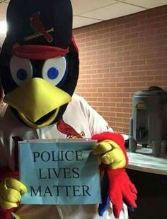 Another reason to be a Cardinals fan! #policelivesmatter