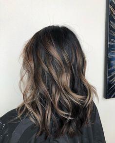 Partial Balayage Brunettes, Subtle Balayage Brunette, Brown Hair Balayage, Hair Color Balayage, Brunette Hair, Dark Balayage, Short Balayage, Brown Shoulder Length Hair, Shoulder Length Hair Balayage