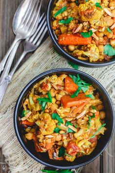 Turmeric Roasted Cauliflower and Chickpea Stew Recipe (tutorial)| The Mediterranean Dish. A delicious vegan, gluten free chickpea stew that is hearty, healthy and flavor-packed. Roasted cauliflower and carrots are added with chickpeas and spices in a chunky tomato sauce. Easy Mediterranean recipe with step-by-step tutorial from http://TheMediterraneanDish.com
