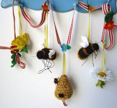 Needle Felted Spring Garland with  Bumbles Bees   By Miss Bumbles