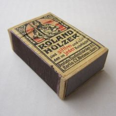 'Roland Holzer', German WW2 match box. Berlin, Match Boxes, Ww2, Decorative Boxes, Germany, Packaging, Antiques, Crates, Boden