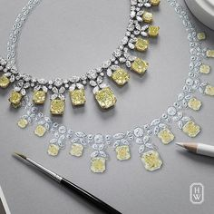 The outstanding piece from The Incredibles by #HarryWinston has 53.50 carats of yellow #diamonds cascading from 41.48 carats of brilliant colorless diamonds set in platinum. #HighJewelry