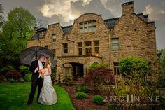 Mansion at Maple Heights, beautiful wedding photography taken by Natalia from 2-studios.com. #pittsburghWeddings #umbrellashot