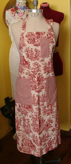 <3 I will make this in blue toile and leave off the chest pocket.