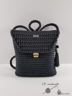 Grey backpack. #grey #backpack #handmade #handbags #acssesories #crocheting