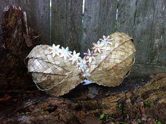 mother of pearl tahitian costume   Tahitian dance costume - Tahitian bra top - Polynesian dance top