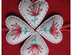 POHUTUKAWA Felt Christmas Heart Decoration - perfect combo of Scandinavian design and kiwiana