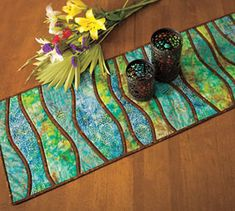 Wavy tablerunner - use fusible batting and bias bars for no piecing!