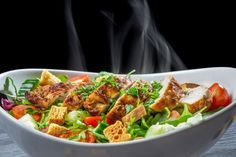 Chicken salad is one of the most popular dishes ever, especially when you make your own rather than buying the boxed kind. To make this sala. Chicken Salad Recipes, Meat Recipes, Cooking Recipes For Dinner, Seafood Salad, Spiralizer Recipes, Mediterranean Diet Recipes, Food Network Recipes, In This World, Food And Drink