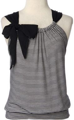 The Crafty World of LotusBomb: Day 3 -of the 30 Day Pinterest Craft Challenge - Black and White Striped Top