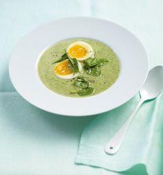 Lauch-Spinat-Cremesuppe///Kartoffeln und Ei sind tolle Sattmacher, Kochsahne sorgt für leichte Cremigkeit.