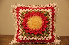 Receitas Círculo - Almofada Giga Flor Vermelha