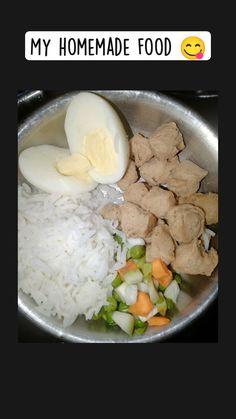 Black Labrador Dog, Homemade Dog Food, Boiled Eggs, Hummus, Dog Food Recipes, Carrots, Healthy, Ethnic Recipes, Dogs