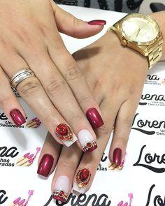WEBSTA @ lorenaunhasdecoradas - Porque sempre e bom atender essa menina linda ❤ Taainara Curti❤Ver melhor e vermelho ❤ unhas pafonicas do final de semana❤Quando amamos nossa  profissão tudo sai perfeito ❤❤#unhas #unhasdecoradas #amomeutrabalho #unhasdasemana #amoesmaltar #unhaslindas #trabalholevadoasério #unhasdaluh_ #lorenaunhasdecoradas #pedrariasdivas #amoesmaltar #amodecorar #esmaltadas #amovidrinhos #esmaltesdetodasascores #amomarcas #avon #pretagil #daylus #impala #vult #r